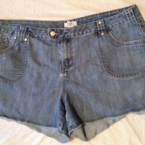 Cato jean shorts - size 22W